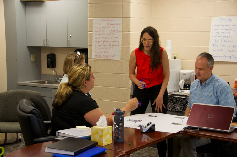 HVWP Summer Institute participants creating collaborative 5-Image Stories.